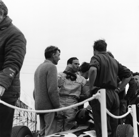 1965 Sil podium